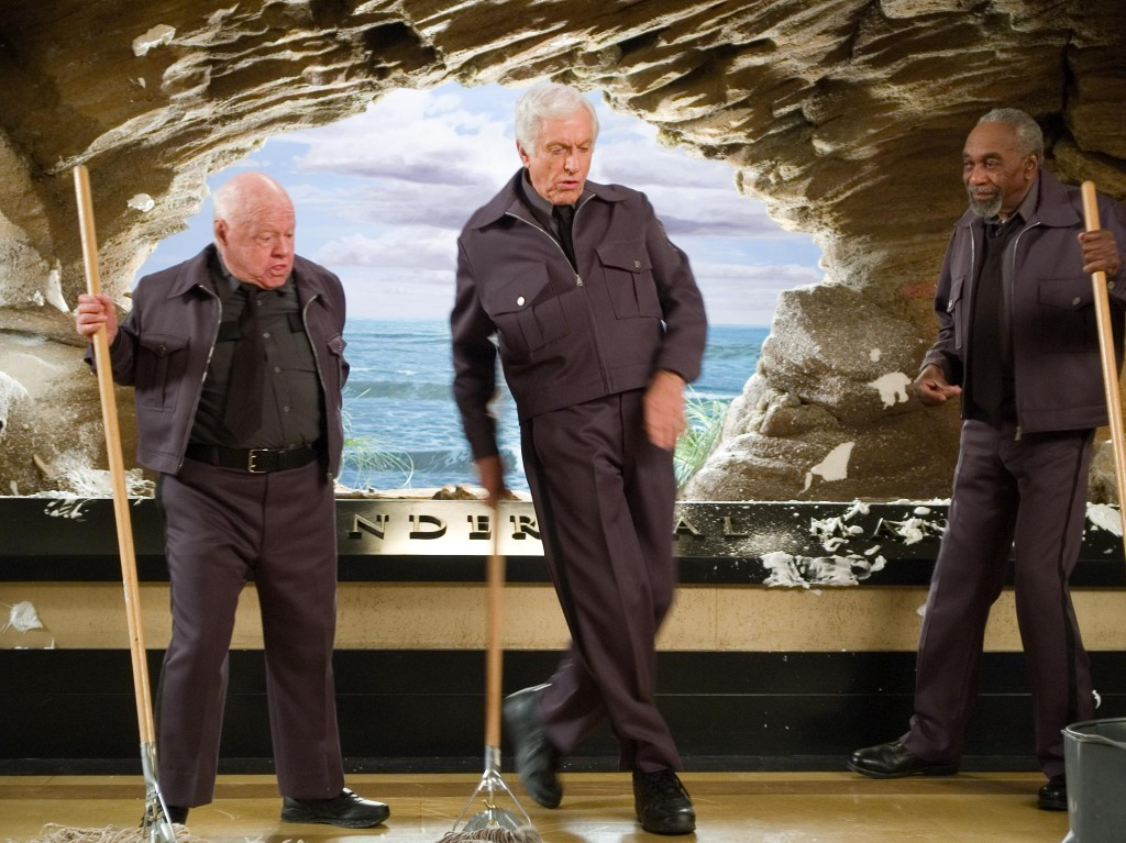 still-of-mickey-rooney,-dick-van-dyke-and-bill-cobbs-in-night-at-the-museum-(2006)