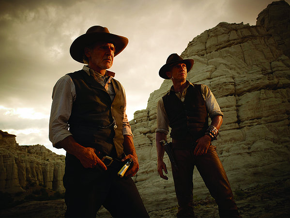 Cowboys and Aliens - 12