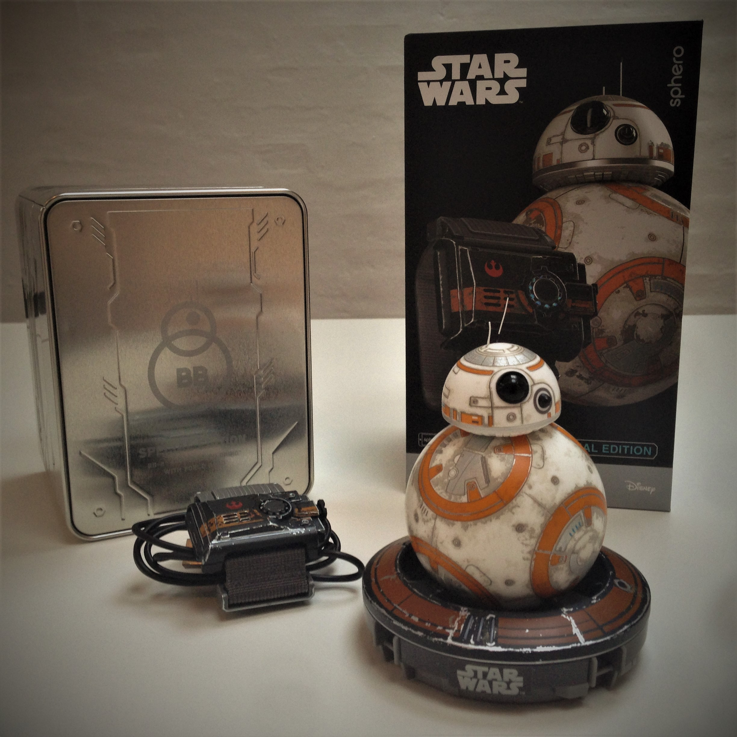 bb-8-star-wars-sphero-battle-worn-bb-8-disney-coolstuff-fiktion-kultur-6